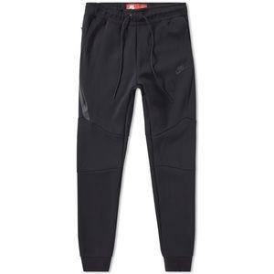 Nike tech fleece joggers in black sizes S-XXL